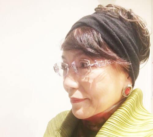 札幌で長年、大人気を博している占い師「さとうまみよ」先生