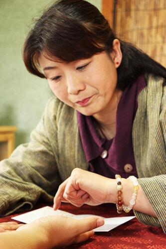 飯田市の代田美千代 先生【わくわく手相】
