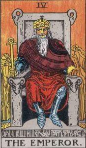 『皇帝』大アルカナ4番。「統治・堅固さ・防御・同盟」を意味するタロットカード。
