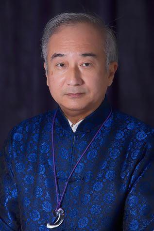 李 紫龍先生
