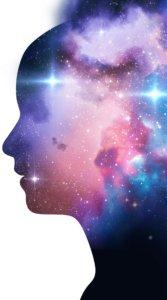 きらめく宇宙空間を女性の横顔で切り取った幻想的なイラスト待受