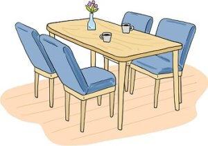ダイニングテーブルには生花