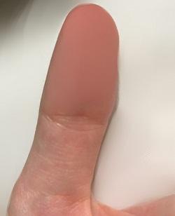 仏眼相の位置 実際の親指の画像