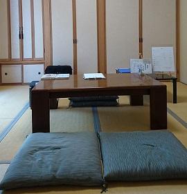徳田明峰さんの鑑定室